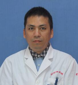 妇产科副主任医师:李 明